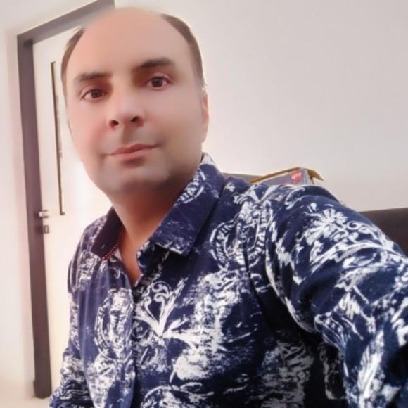 Profile picture of RAVI BHARATKUMAR ADHIYA