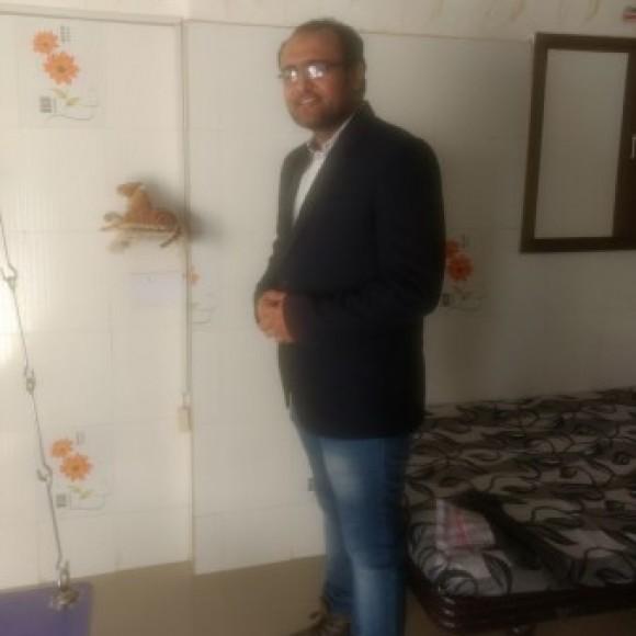 Profile picture of Nikunj Selani
